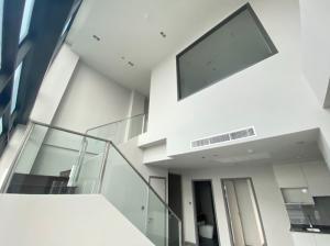ขายคอนโดลาดพร้าว เซ็นทรัลลาดพร้าว : [Sale] Whizdom Avenue 83sqm Duplex 2Bed2Bath ราคาดีที่สุดในโครงการ ชั้นสูง